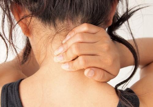 Психологические причины болей в шее