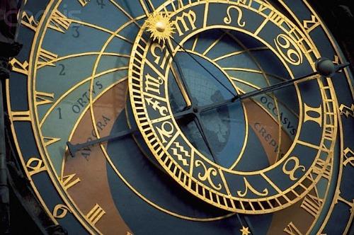 Почему мы любим читать гороскопы