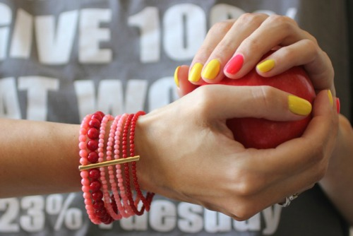 Маникюр по фен-шуй: какие пальцы красить