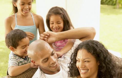 Как воспитывать детей в многодетной семье