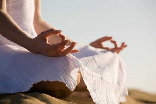 Может ли йога лечить психические расстройства: исследования