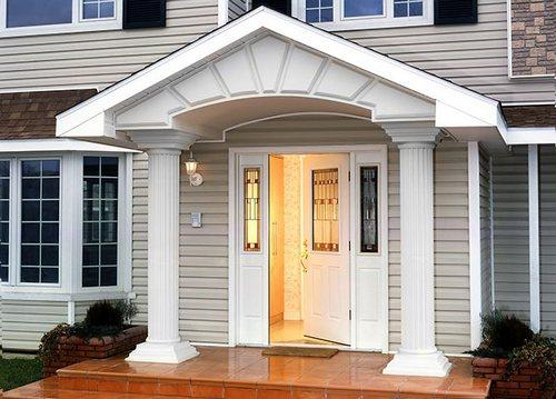 Двери в дом по фен-шуй: цвет и украшения